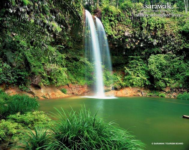 main-Sarawak-Borneo-Adventure-Miri-Lambir-Hills-National-Park-waterfall